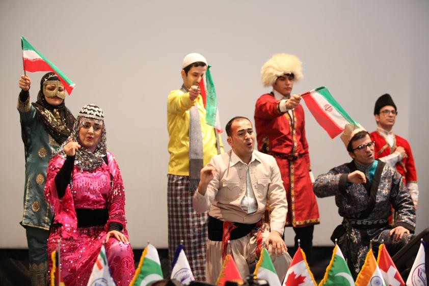 سرود ای ایران با اجرای گروه ناشنوایان دستان گویا