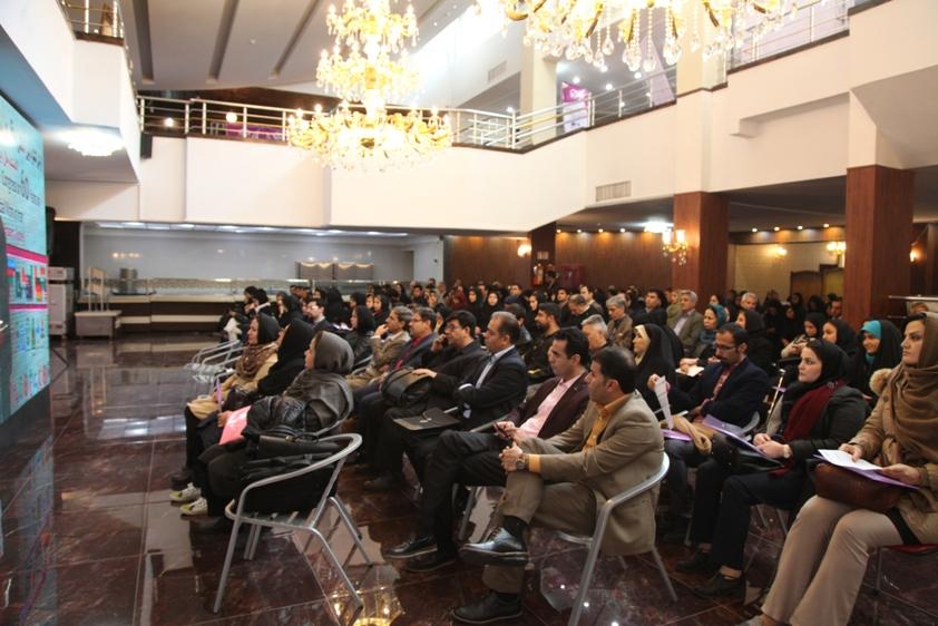 نمایی از سالن برگزاری کنگره