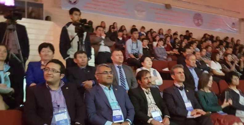 حضور نمایندگان انجمن ایران در ردیف اول کنفرانس بیشکک