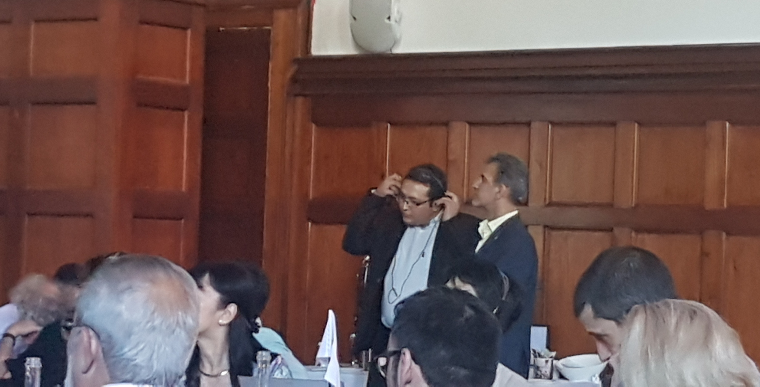 نمایندگان ایران آماده حضور پشت سن جهت سخنرانی
